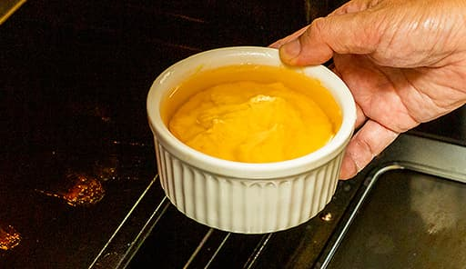 調理工程06_180度に余熱したオーブンで焼く