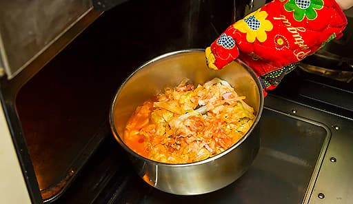 調理工程08_ふたを取って180度に余熱したオーブンで焼く