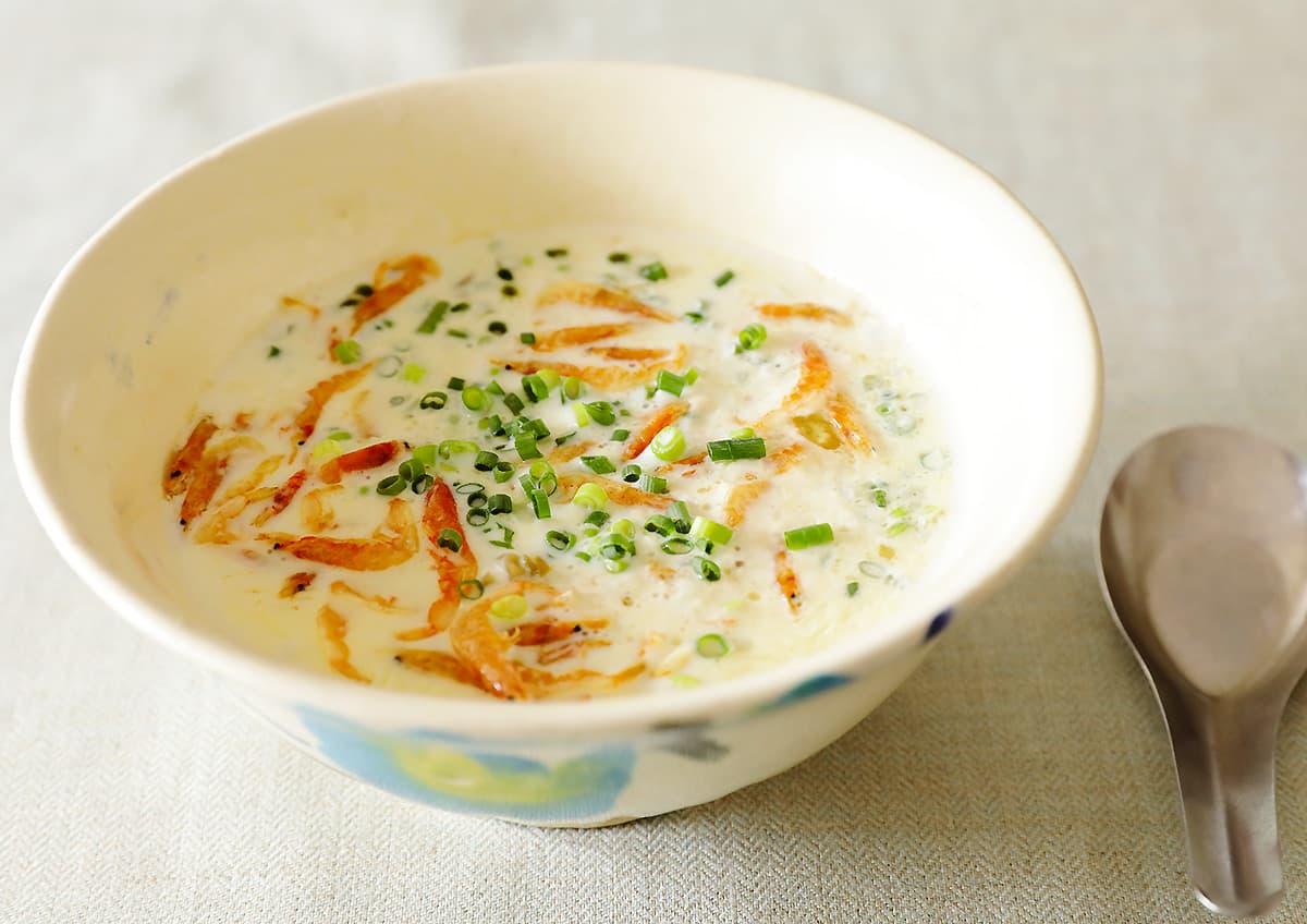 イメージ写真_黒酢と豆乳の台湾朝ごはん「シェントウジャン」
