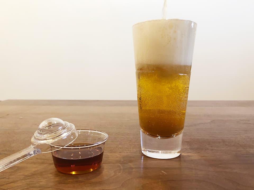 料理写真_ビール×黒酢と梅酒×りんご酢