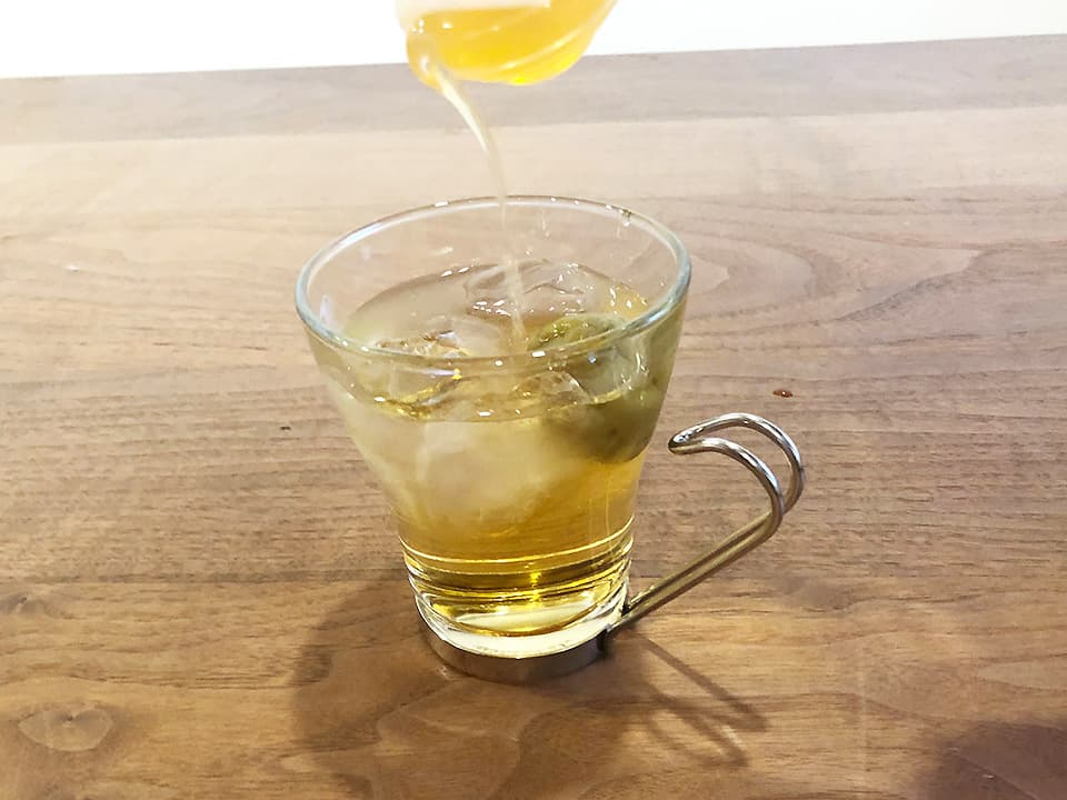 料理写真_梅酒×りんご酢
