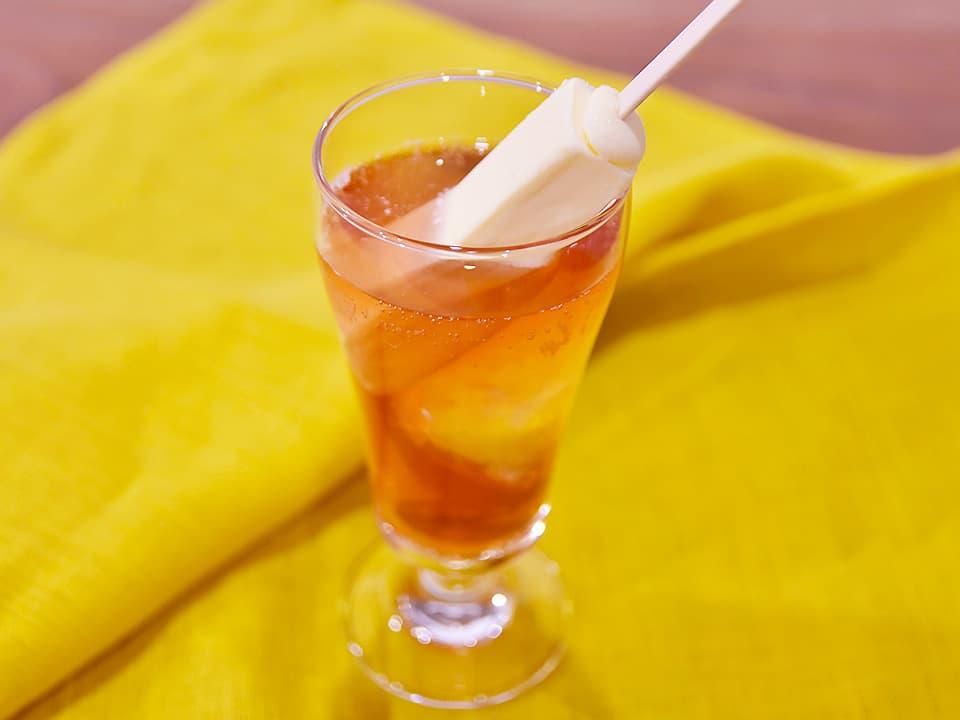 料理写真_ノンアルコールカシスオレンジ×りんご酢×バニラアイスクリーム